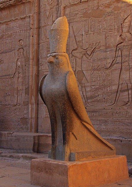 Ägyptische Mythologie - Foto von Gott Horus.