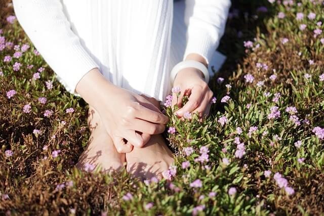 Man mag es kaum glauben: Zehen und Füße haben eine spirituelle Bedeutung.